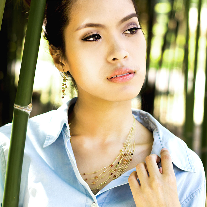 Reena - Handmade Silk and Stone Floating Necklace