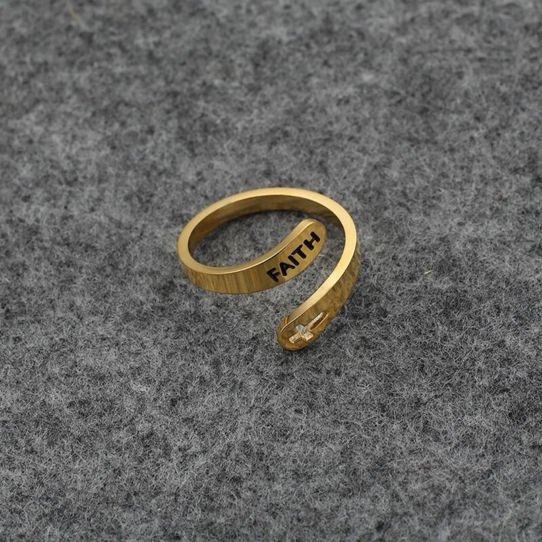 Anel de fé dourado