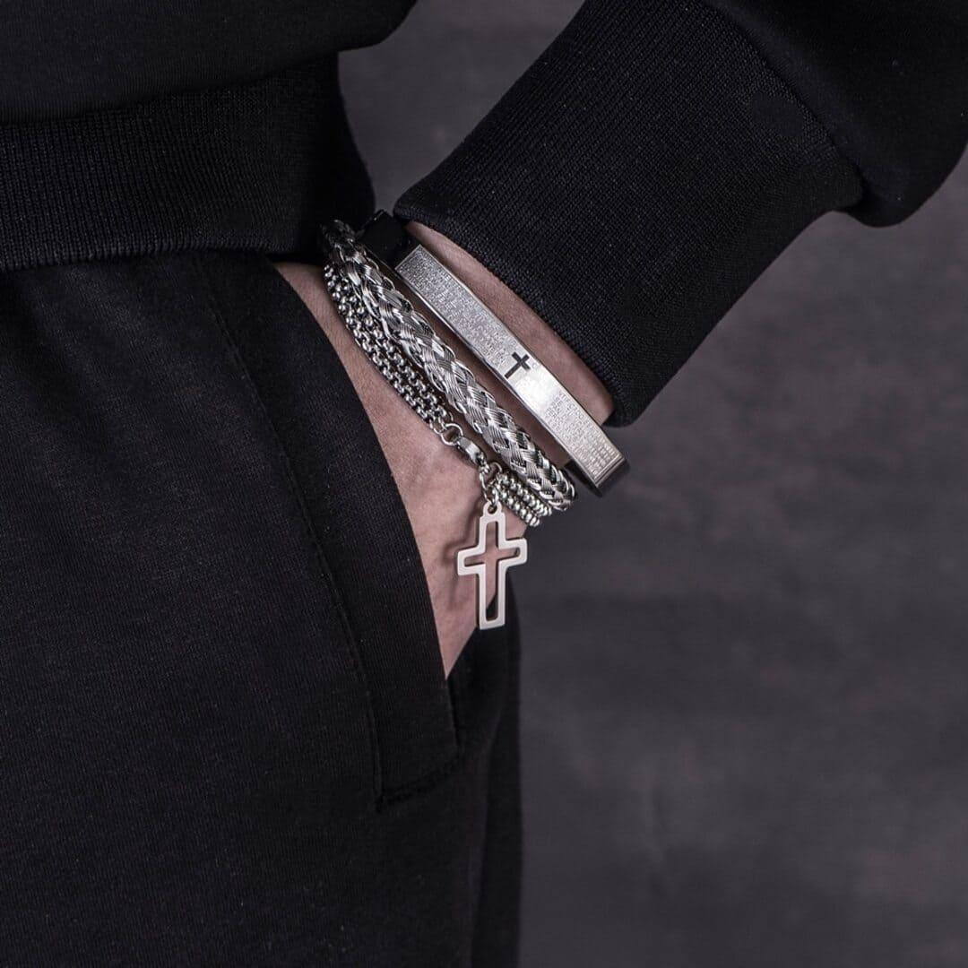 Pulseira Masculina em Aço Inoxidável – Signum Crucis; Pingente de Cruz – SANTO STILO