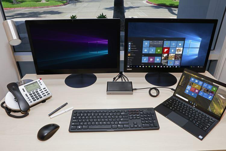 USB-C DisplayPort™ Alt  Mode Docking Station with 60W Power