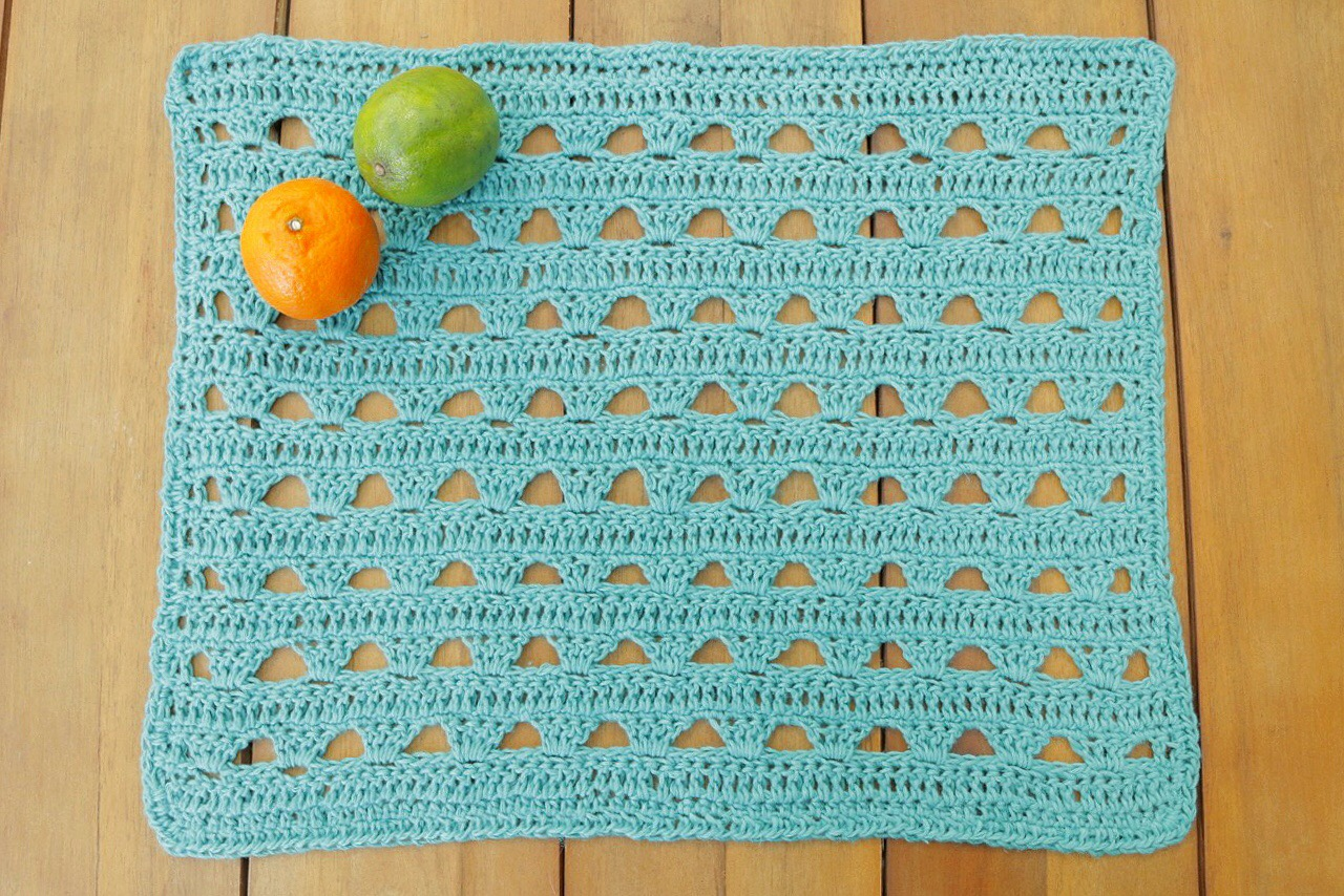 YarnYAY! August crochet placemat